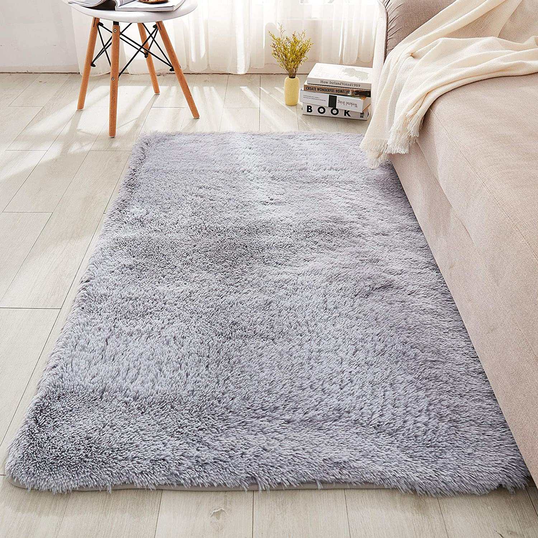 WERDIM Shaggy Plush Faux Fur Area Rugs Fluffy Indoor Carpets for Bedroom Living Room Home Decor Non Slip Dots Bottom Light Gray, 3x5 Feet