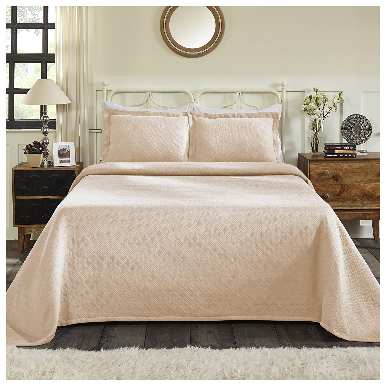 Peach Full Superior 100% Cotton Basket Weave Bedspread with Shams, All-Season Premium Cotton Matelassé Jacquard Bedding, Quilted-look Geometric Basket Pattern - King, White