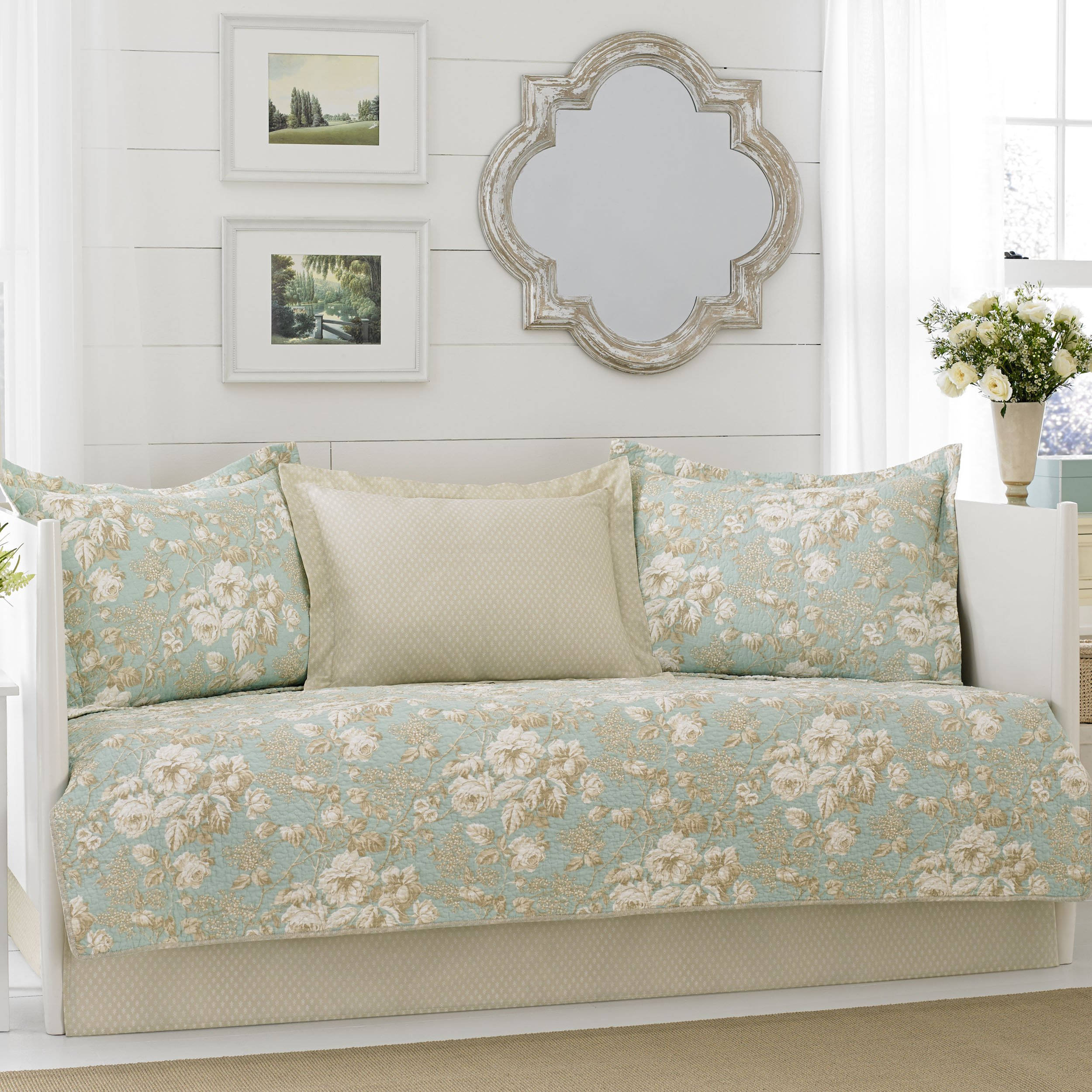 Laura Ashley Brompton 5-Piece Daybed Cover Set, Twin, Green by Laura Ashley