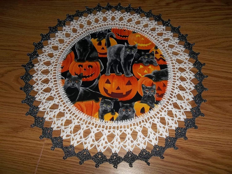 Bands of Cats Doily pattern by Richard Sechriest   Crochet ...   1125x1500