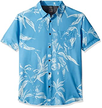 0fbb35a18e143 Amazon.com  Quiksilver Men s Tech Beachrider Button Down Shirt  Clothing