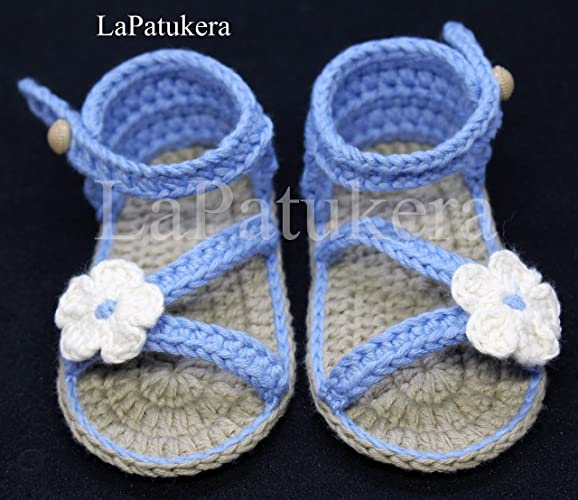 Sandalen Booties Modell Ditalia Babyschuhe Häkeln Farbe Weiß Mit