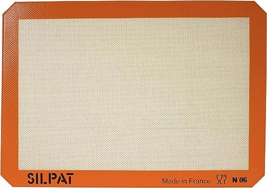 Amazon.com: Silpat Premium Non-Stick Silicone Baking Mat, Medium ...