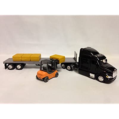 Peterbilt 387 Flatbed w/Forklift & Hay Bale Diecast 1:43 Replica,New Ray Toy SS-15123J: Toys & Games
