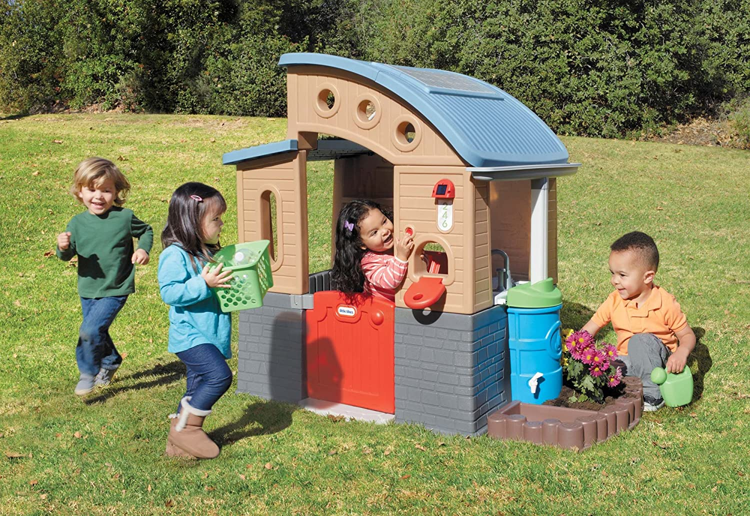 Top 11 Best Kids Outdoor Playhouses in 2020 Reviews 10