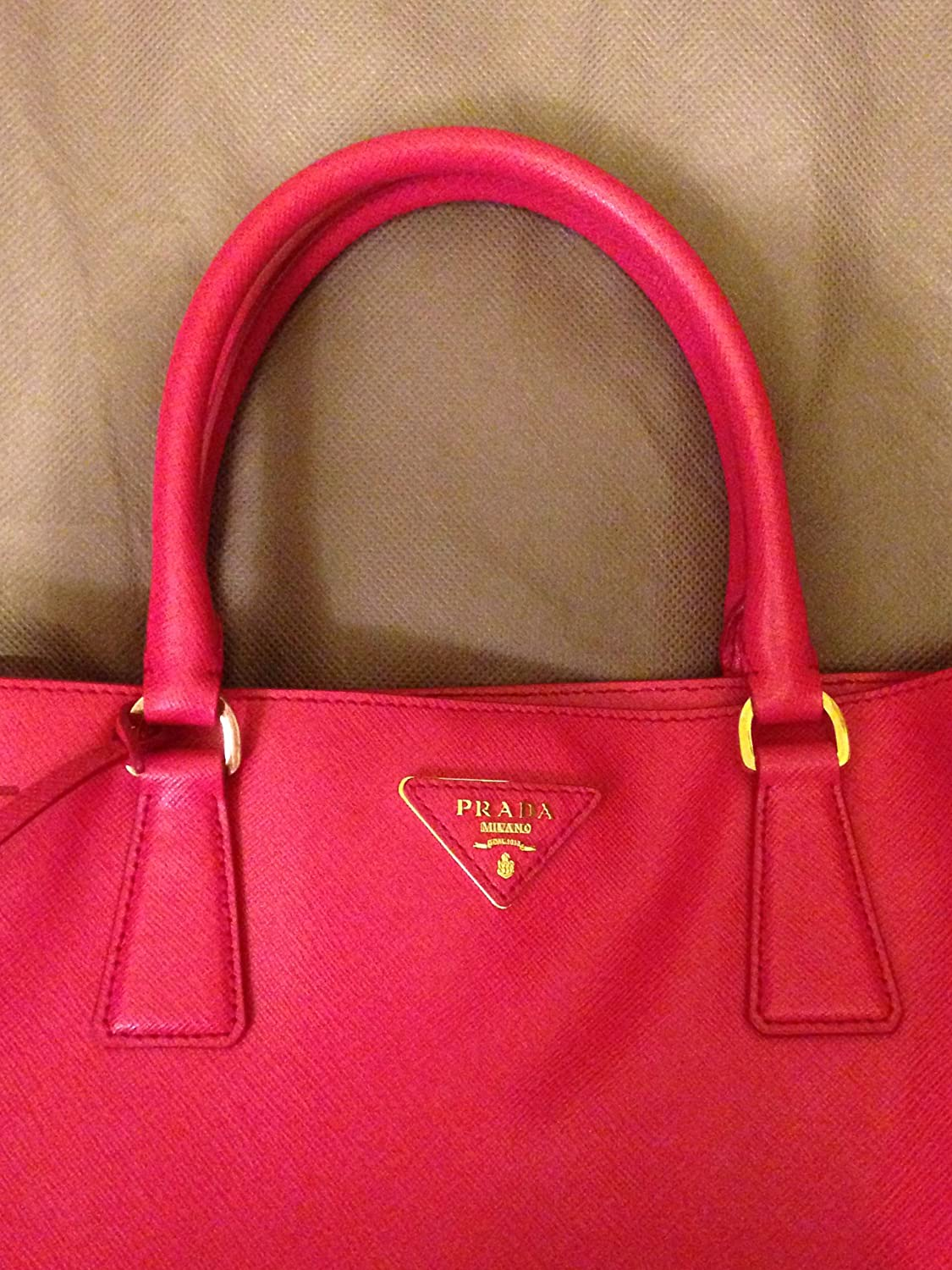 Amazon.com   Prada Pink Saffiano Lux Leather Tote Bag Bn1844 Size Tu   Cosmetic  Tote Bags   Beauty 9f21ad5d6b63e