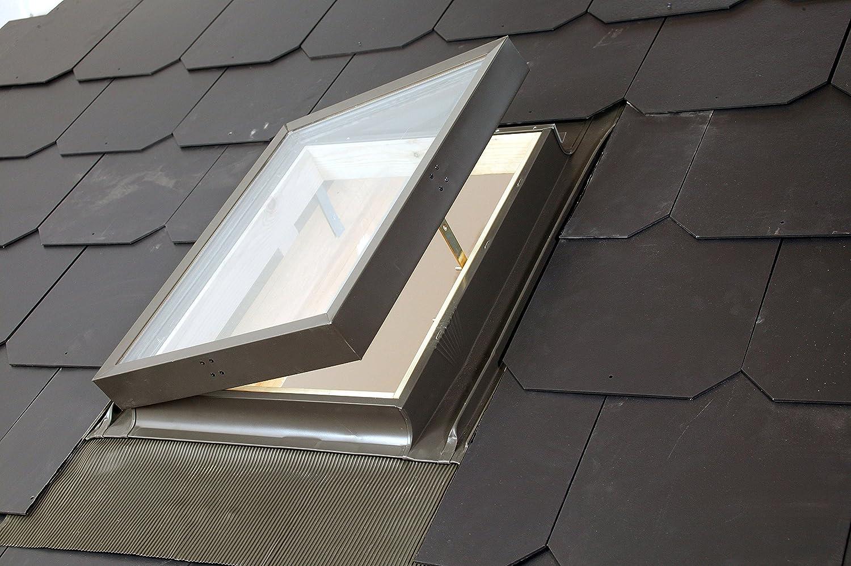 Kaltraumfenster Dachluke Ausstieg f/ür nicht beheizte R/äume 45x73 cm Solstro Mehrzweckfenster Dachfenster f/ür Schornsteinfeger Beleuchtung und L/üftung Dachausstieg