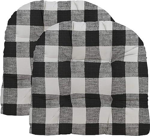 Best outdoor chair cushion: RSH D cor Indoor/Outdoor Wicker 2 U-Shape Chair Cushions