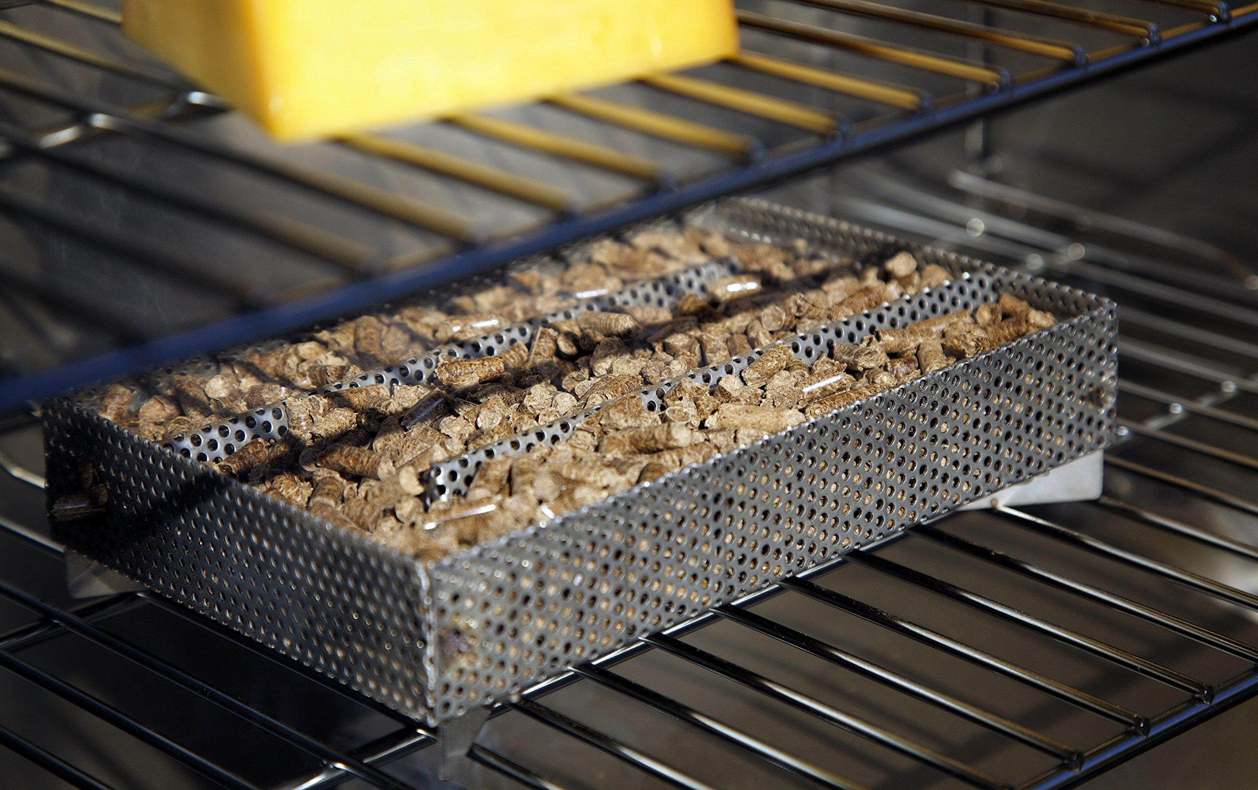 A-MAZE-N Maze 5'' L x 8'' W Pellet Smoker Prefilled With 100% Wood Hickory BBQ Pellets by A-MAZE-N (Image #4)
