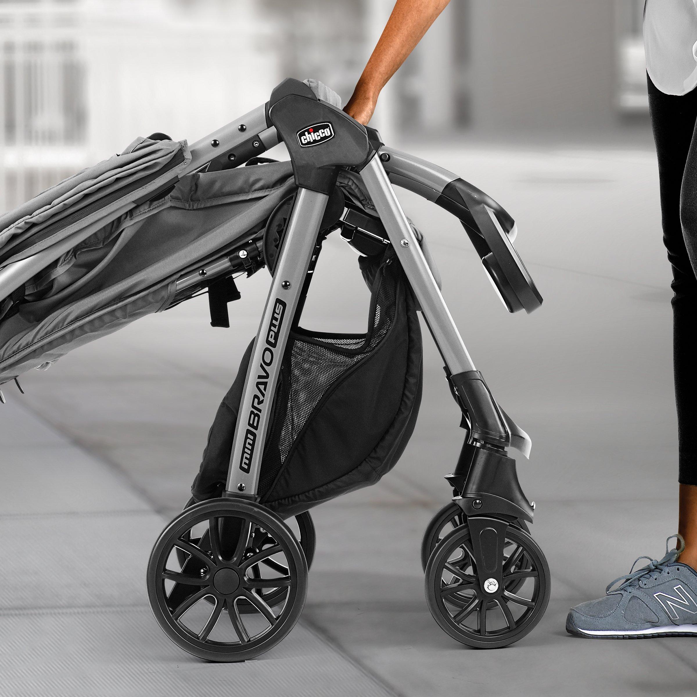 Chicco Mini Bravo Plus Lightweight Stroller Graphite