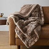 """Amazon Basics Fuzzy Faux Fur Sherpa Blanket, Full/Queen, 90""""x92"""" - Brown Tie Dye"""