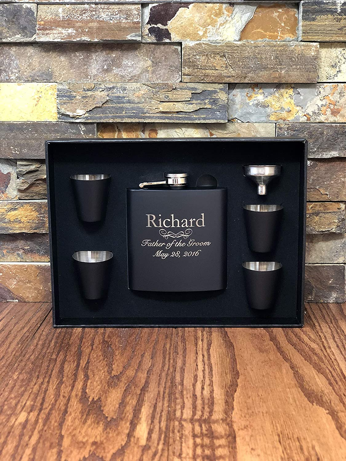 Personalized Custom Flask Set with Shot Glasses