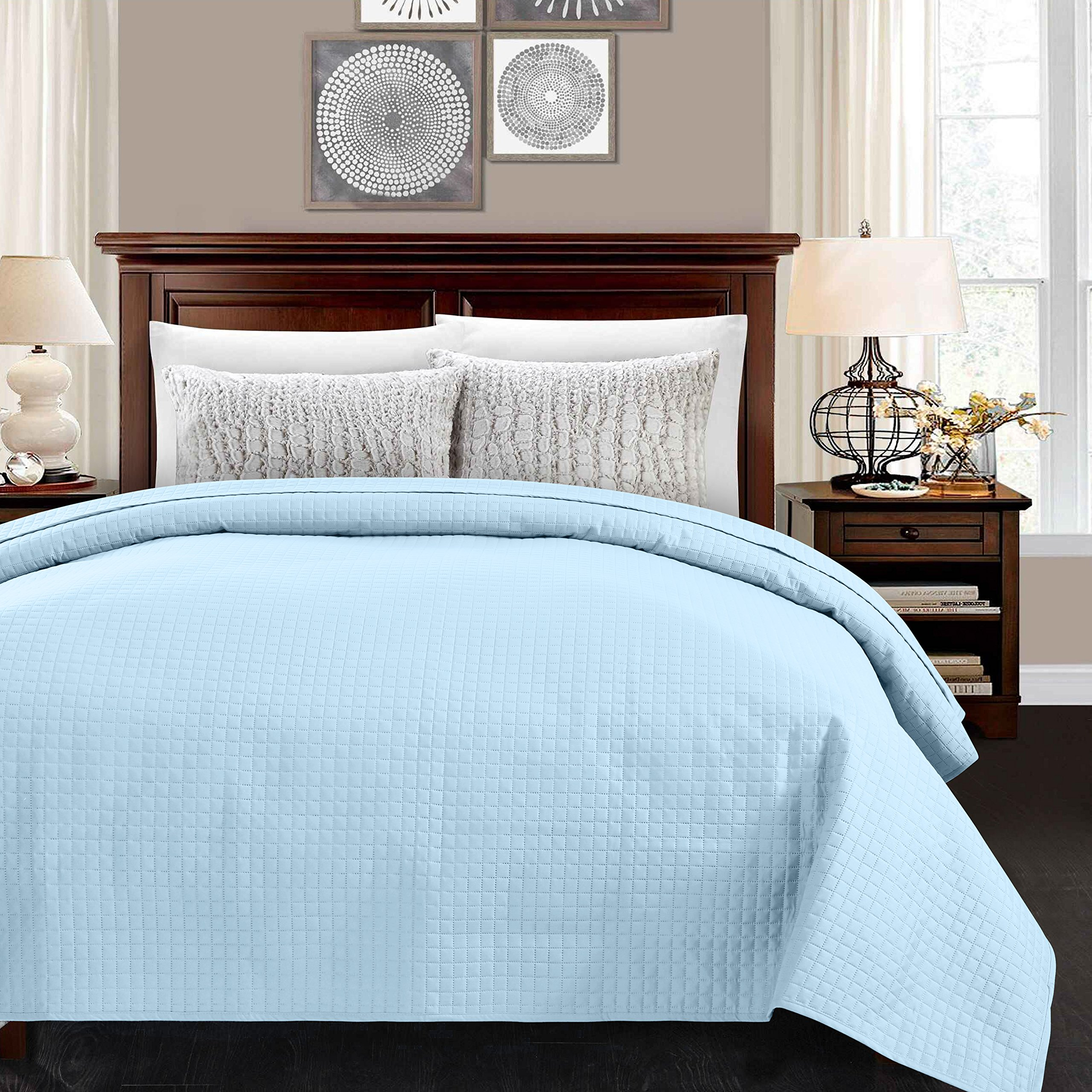 ALPHA HOME Lightweight Bedspread Twin Size Summer Blanket Bed Quilt, Light Blue
