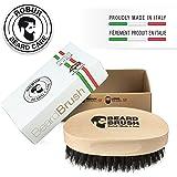 Spazzola per barba uomo. 100% naturale. Legno di faggio e pura setola di cinghiale. 100% made in Italy.