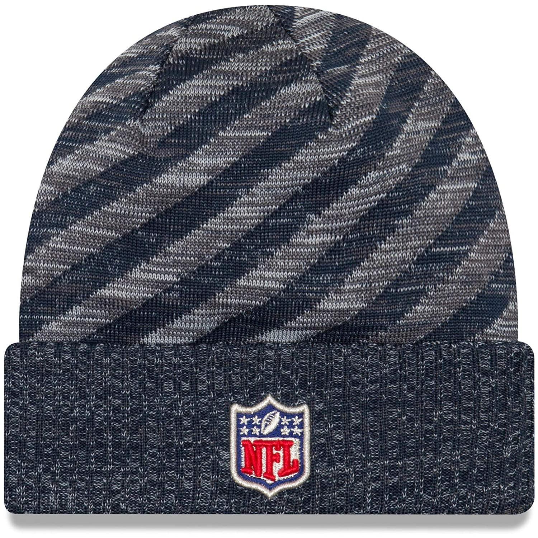 ff9a9568e Amazon.com  New Era 2018 NFL Seattle Seahawks Touchdown Tech Stocking Knit  Hat Winter Beanie  Clothing