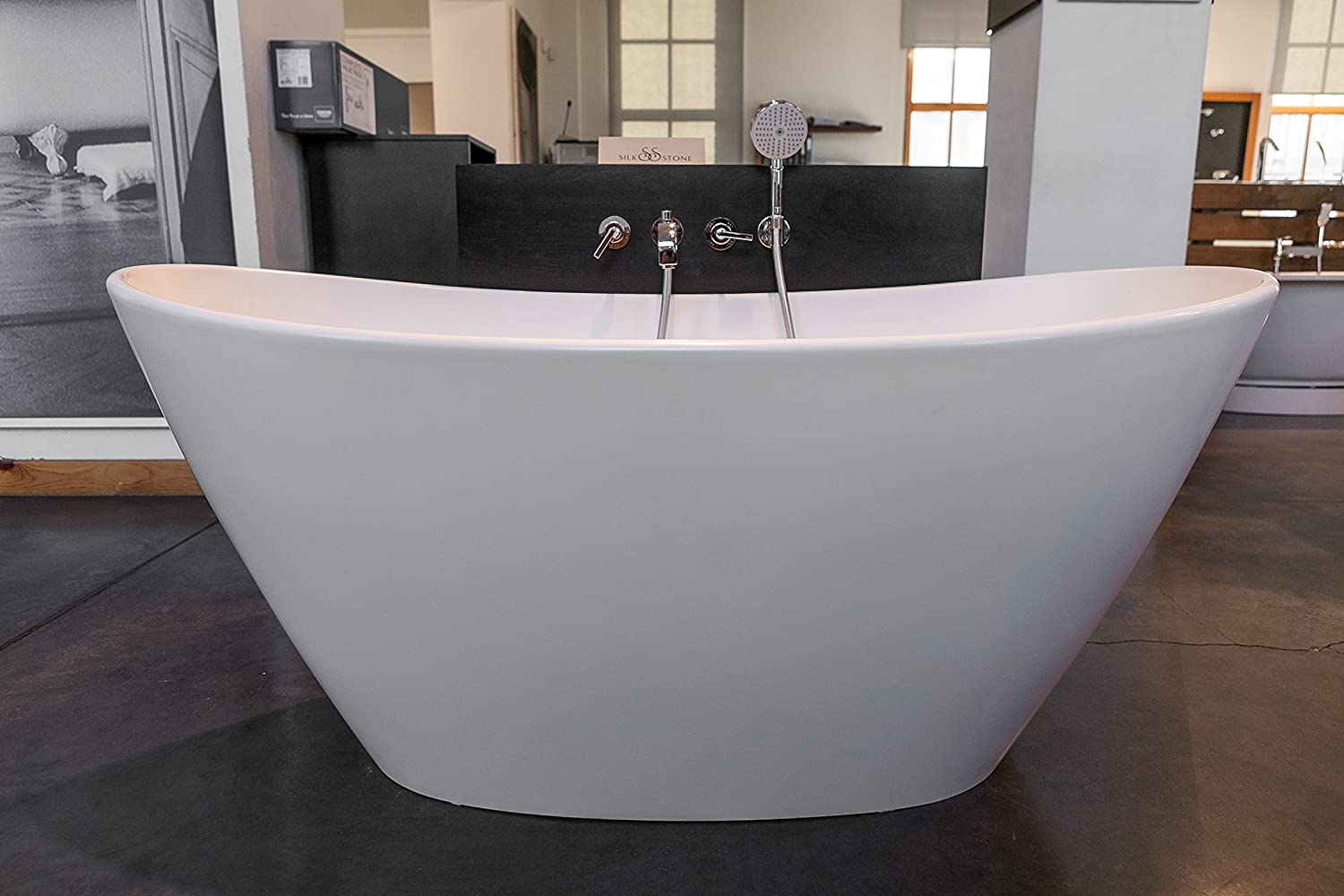 Aquatica PureScape 748M Matte Freestanding Solid Surface Bathtub      Amazon.com
