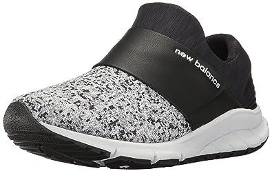 finest selection 9c264 be2ac New Balance Women s Rush Lifestyle Fashion Sneaker, Black White 5.5 ...