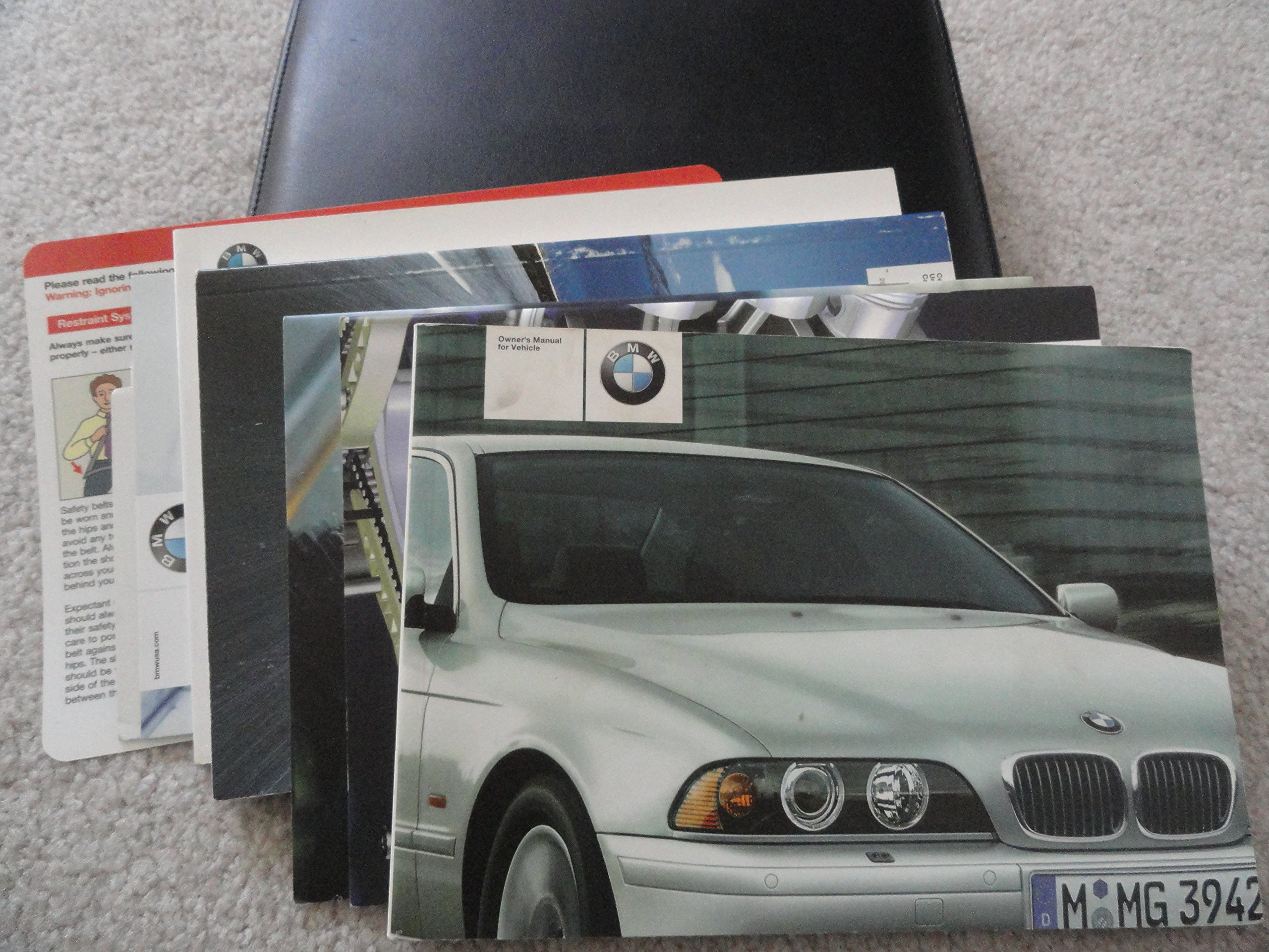 2003 BMW 525i 530i 540i Sedan Sport Wagon Owners Manual: BMW Automotive:  Amazon.com: Books