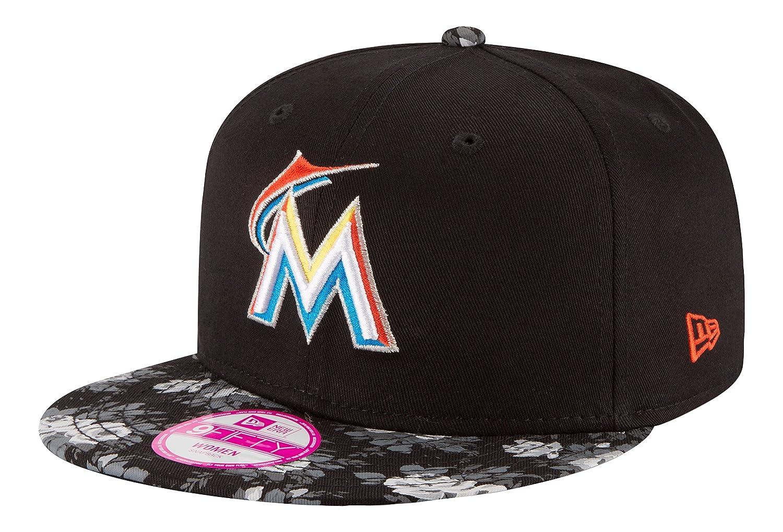 b9accfd71a6 Amazon.com   MLB Miami Marlins Women s Snap Bloom 9Fifty Snapback ...