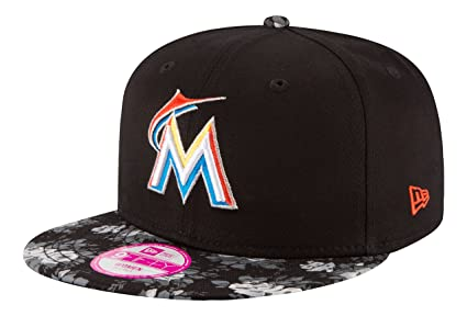 Amazon.com   MLB Miami Marlins Women s Snap Bloom 9Fifty Snapback ... 8fd9ccfc9e7a