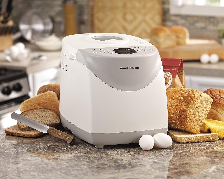 Hamilton Beach 29881 2-Pound Bread Maker, White (Discontinued) White