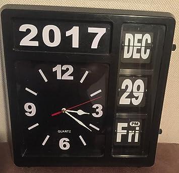 Karlsson Uhr amazon de karlsson große uhr mit fallblattanzeige
