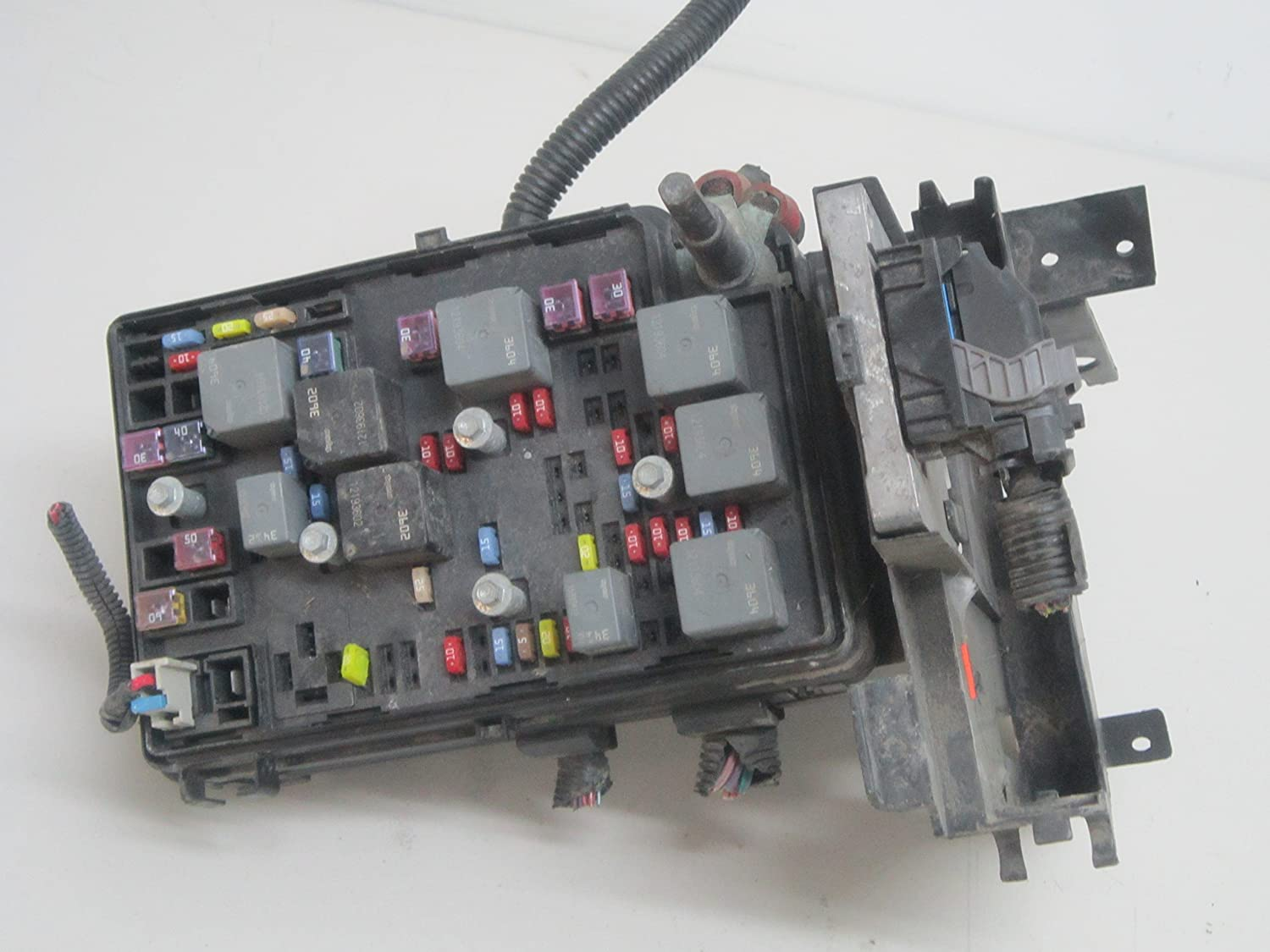Amazon.com: 05 06 07 08 09 10 CHEVY COBALT FUSE BOX 15269046: Car  Electronics