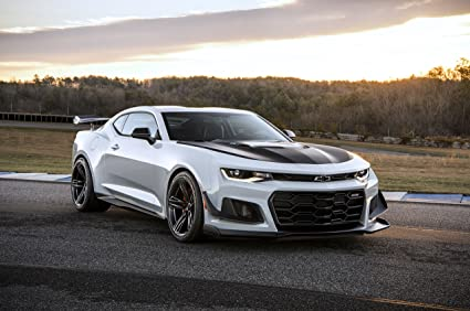 Have hit chevrolet camaro white the