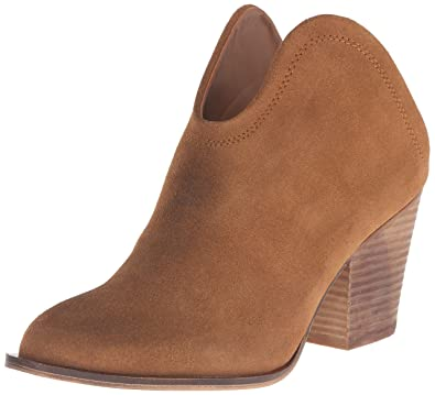 9733d457b Amazon.com | Chinese Laundry Women's Kelso Bootie | Shoes