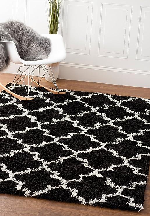 Super Area Rugs Moroccan Trellis Cozy Shag Rug For Home Decor 5 X 7 Black White