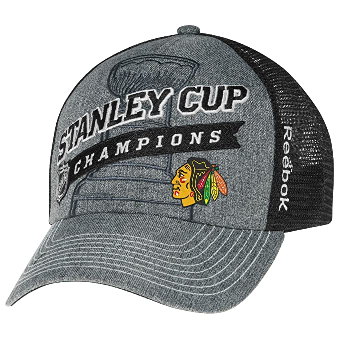 baf23980d3a8a Amazon.com   Chicago Blackhawks 2013 Stanley Cup Champions Locker Room Cap  Size One Size   Clothing