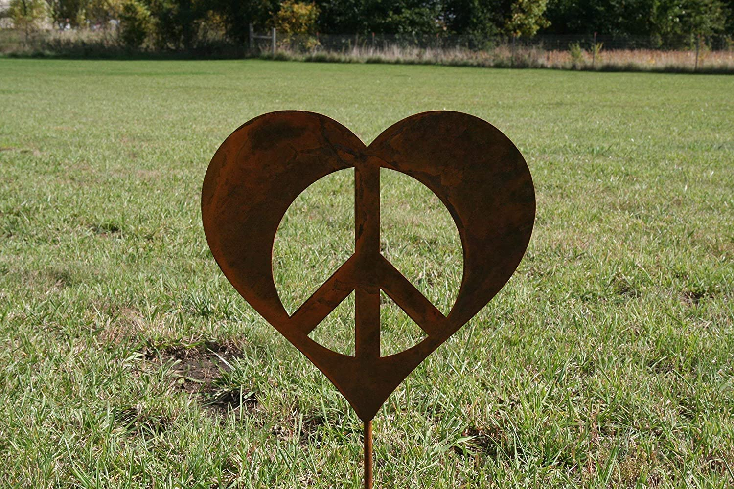 Metal Heart-shaped Peace Sign Garden Stake, size small