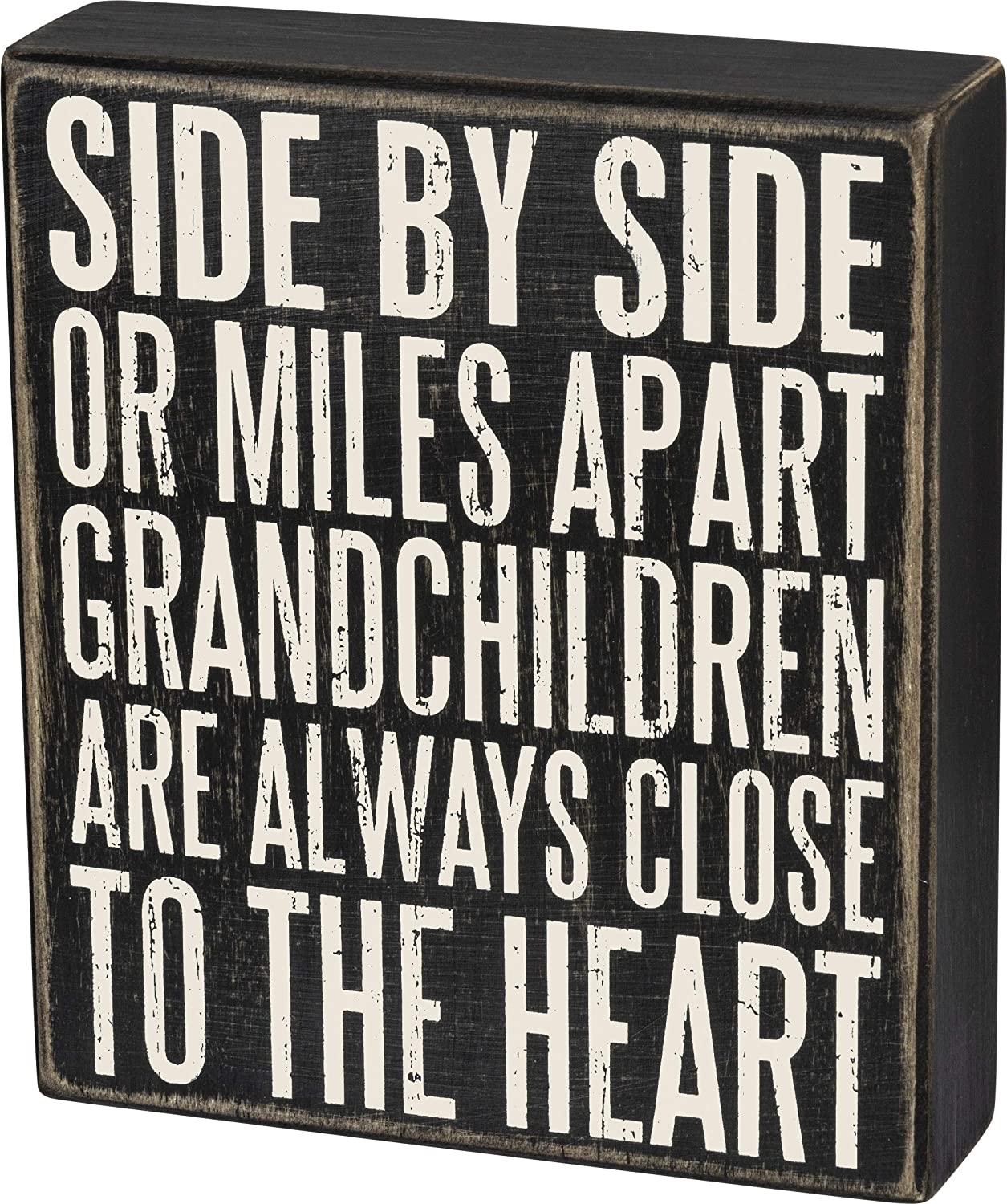 Primitives by Kathy Classic Box Sign, 6 x 7-Inches, Grandchildren are Close to The Heart
