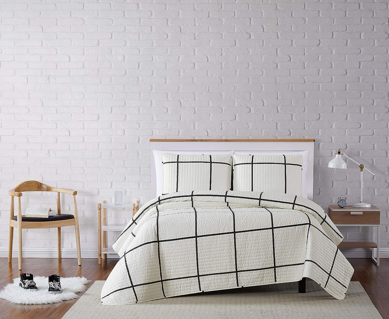 San Antonio Max 58% OFF Mall Truly Soft Everyday Kurt Black and Twin Stripe XL White Quilt