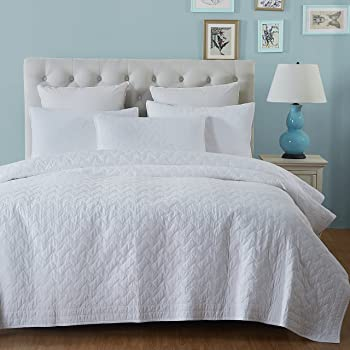 aivedo pure white 100 cotton matelasse bedspread set 88 by 92 inches quilt set. Black Bedroom Furniture Sets. Home Design Ideas