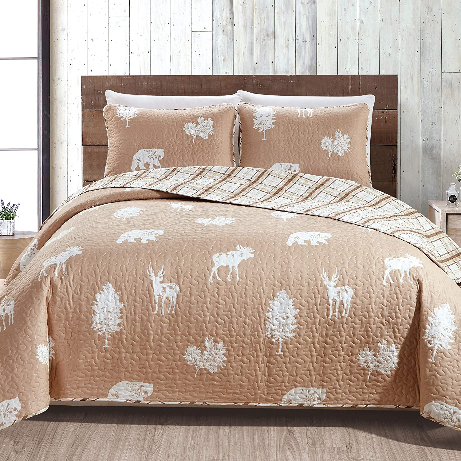 Great Bay Home Lodge Bedspread King Size Quilt with 2 Shams. Cabin 3- Piece Reversible All Season Quilt Set. Rustic Quilt Coverlet Bed Set. Rio Ridge Collection (Taupe)