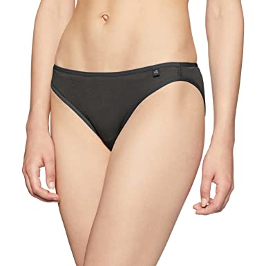 a321992b67 Jockey Women s Cotton Bikini Brief  Amazon.in  Clothing   Accessories
