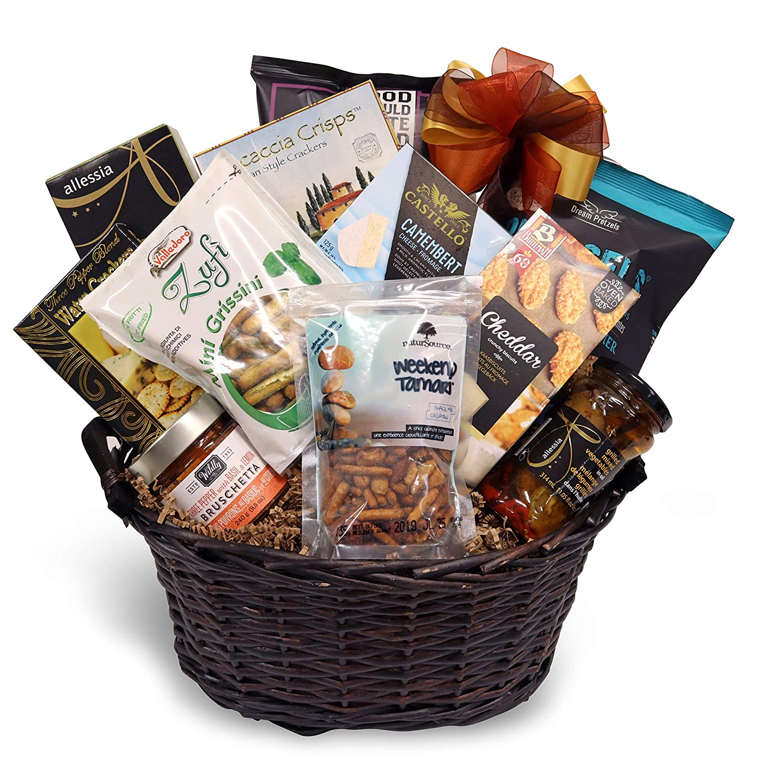 Gourmet Gift Basket with Salty and Savoury Snacks, Olives, Chips, Crackers, Nuts, Breadsticks, Cheese Buscuits and More: Amazon.ca: Grocery