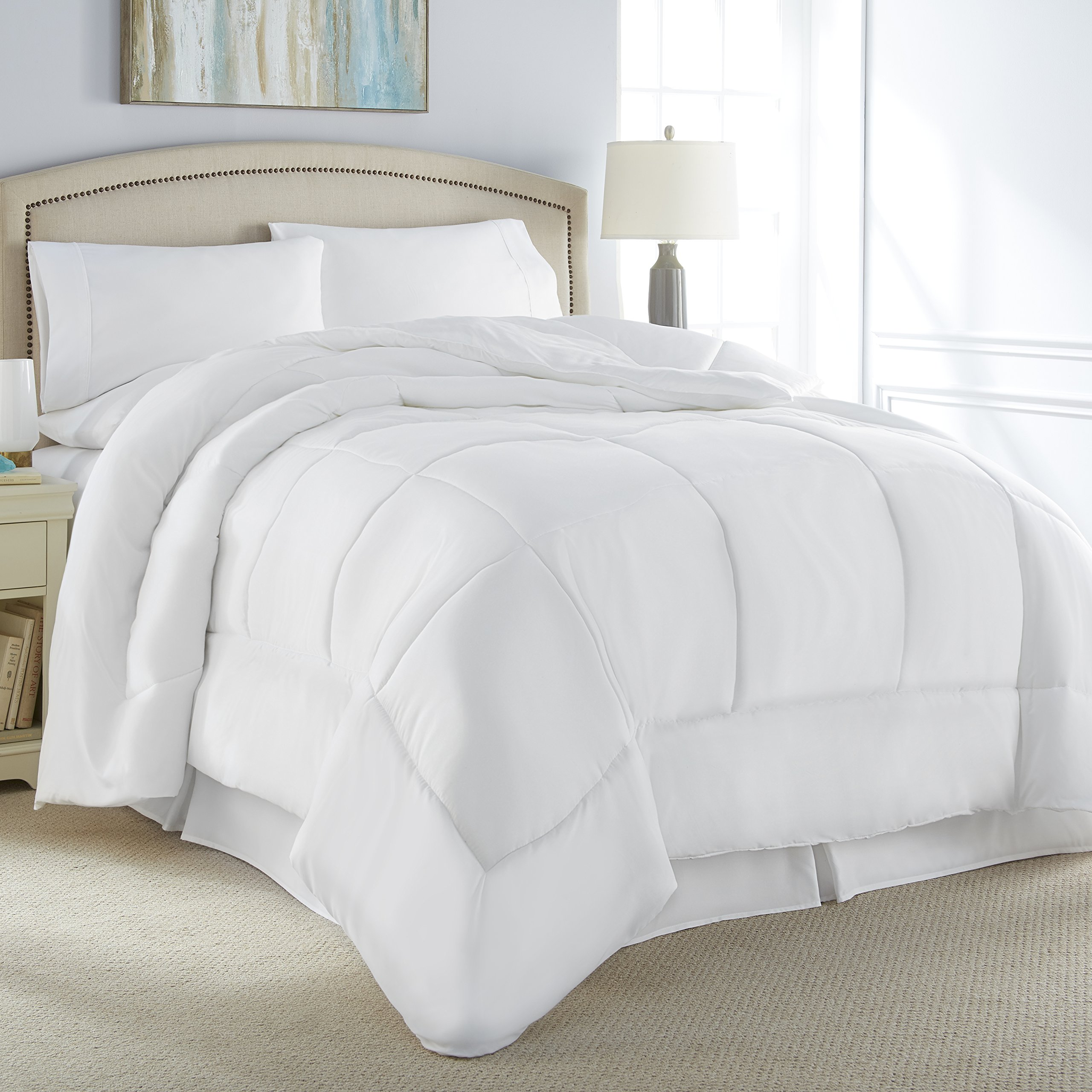 Danjor Linens Luxury Soft All Season White Down Alternative Comforter- Hypoallergenic, Box Stitched- Plush Microfiber fill, Machine Washable, Duvet Insert Queen Size by Danjor Linens (Image #1)