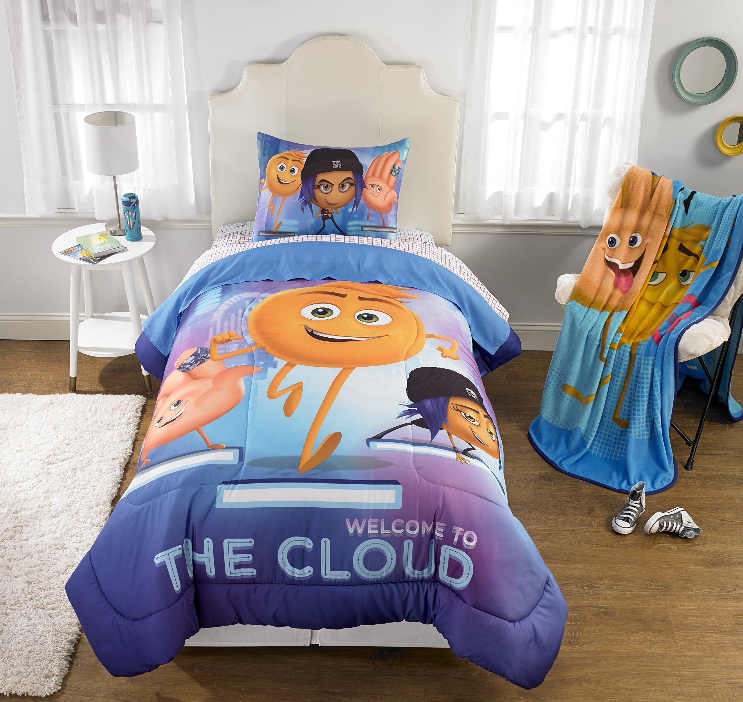 The Emoji Movie 6pc Full Comforter and Sheet Set Bedding Collection