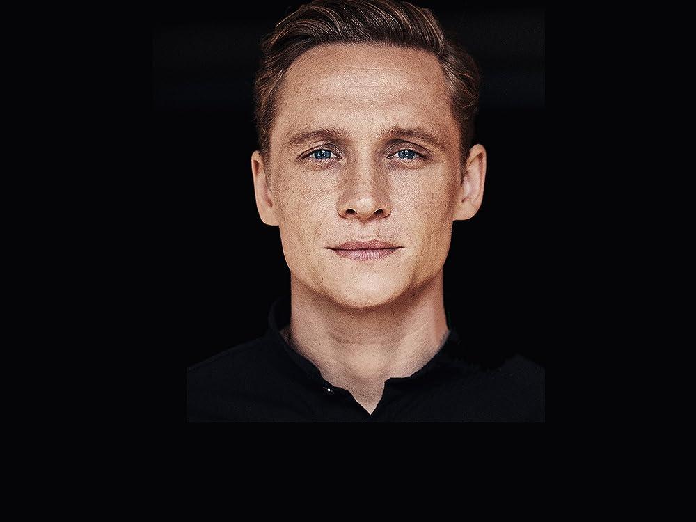Matthias Schweighöfer bei Amazon Music