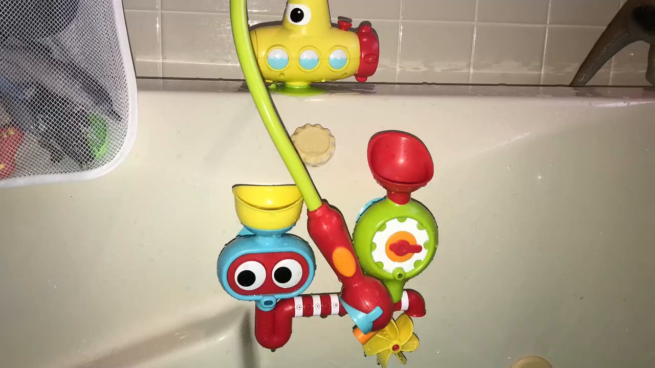 Customer reviews yookidoo bath toy - What uses more water bath or shower ...