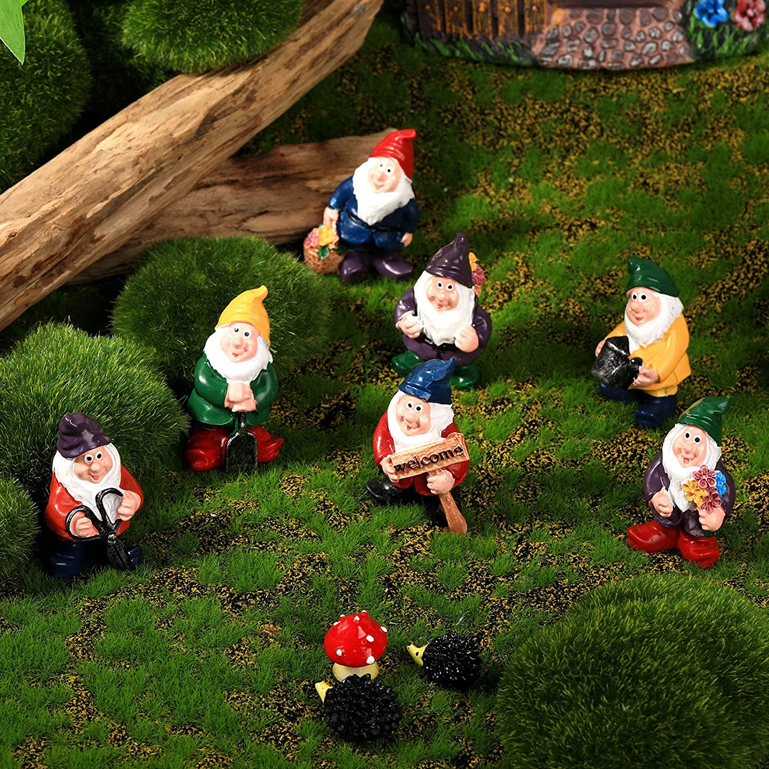 7 Pieces Gnomes Fairy Resin Statues Mini Garden Statues Decoration Gnome Tale Statue with 2 Hedgehog Statues and 1 Mushroom Decor for Holiday Festival Decoration, Relatives Friends Kids