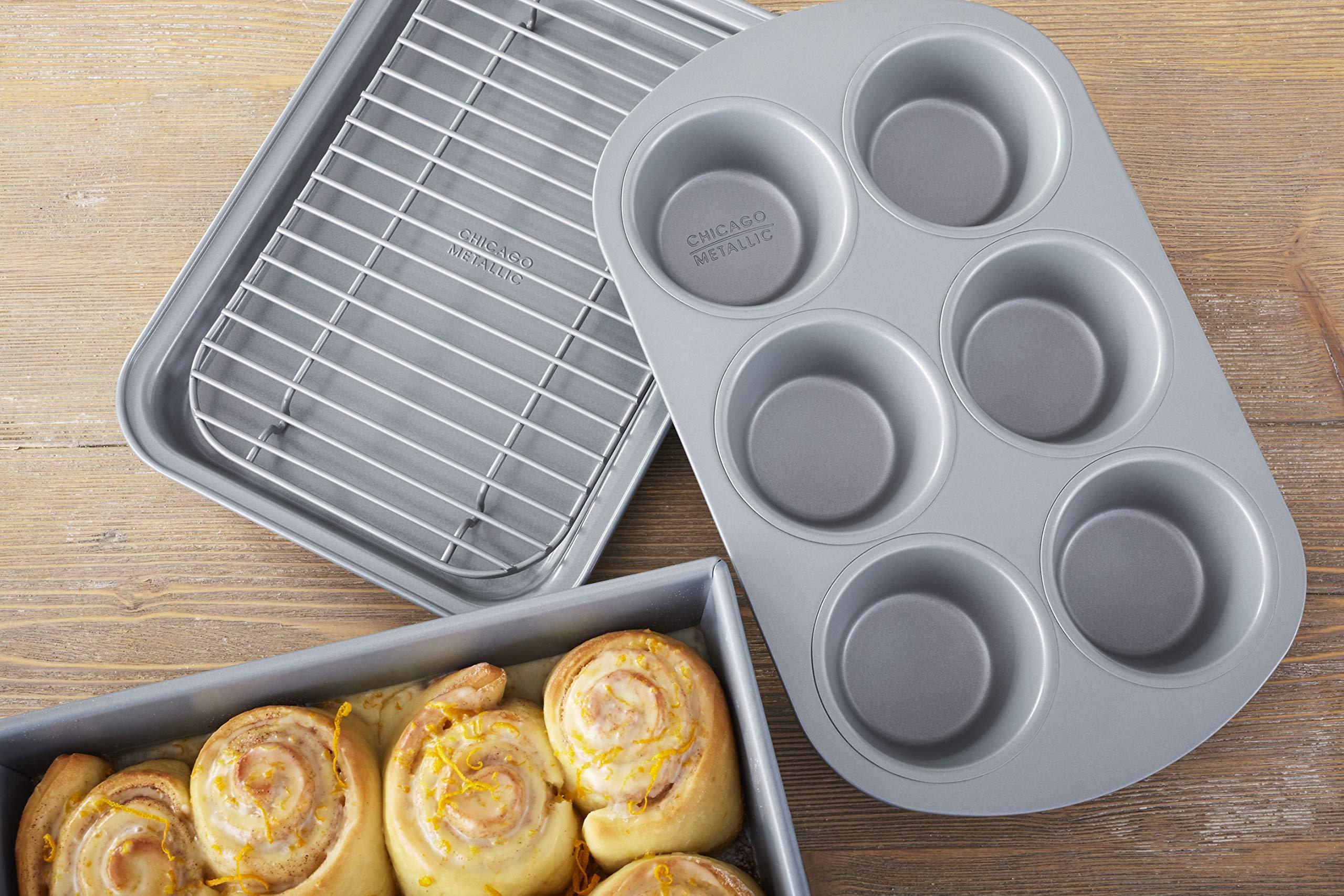 Chicago Metallic 8044 Non-Stick 4-Piece Toaster Oven Bakeware Set Set of 1 by Chicago Metallic (Image #3)