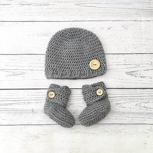 7ebda9faa dark grey crochet baby hat and booties set: Amazon.co.uk: Handmade