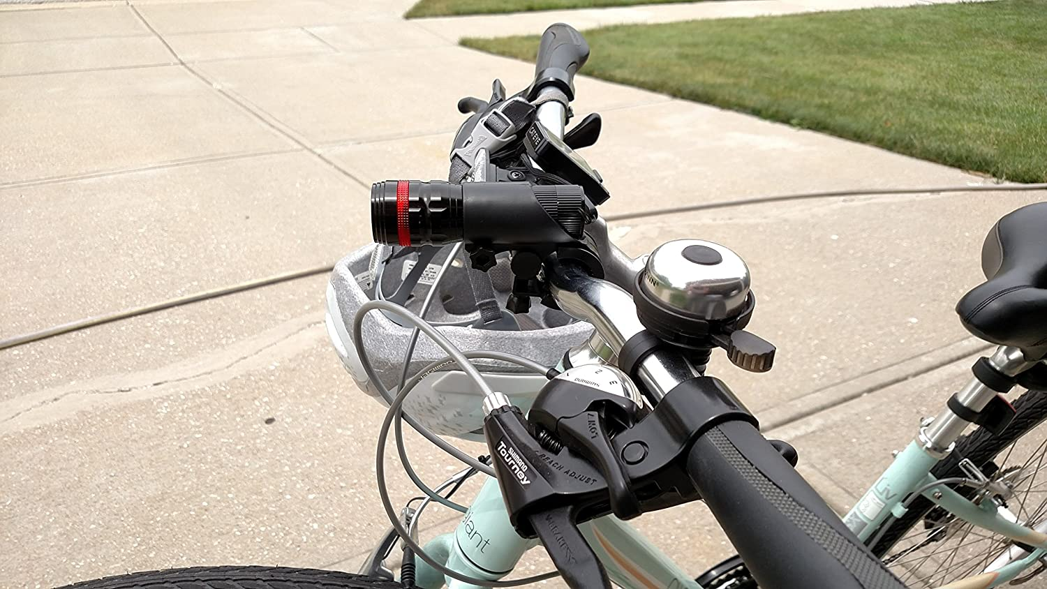 1000 lumens Bicycle Light set Rocket Holdings Button style rear light included Super Bright LED XML2-T6