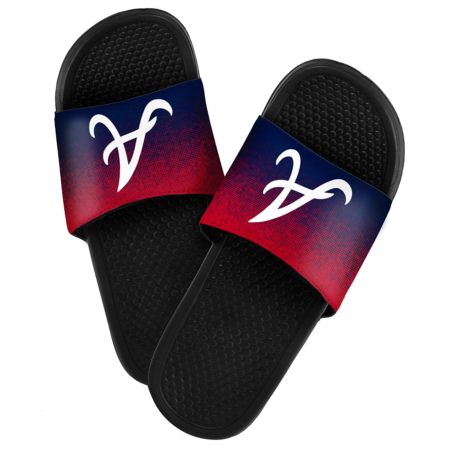 21dc9cd724d Amazon.com   Atlanta Braves 2016 Mens Textured Sport Slide - Team Color    Sports   Outdoors