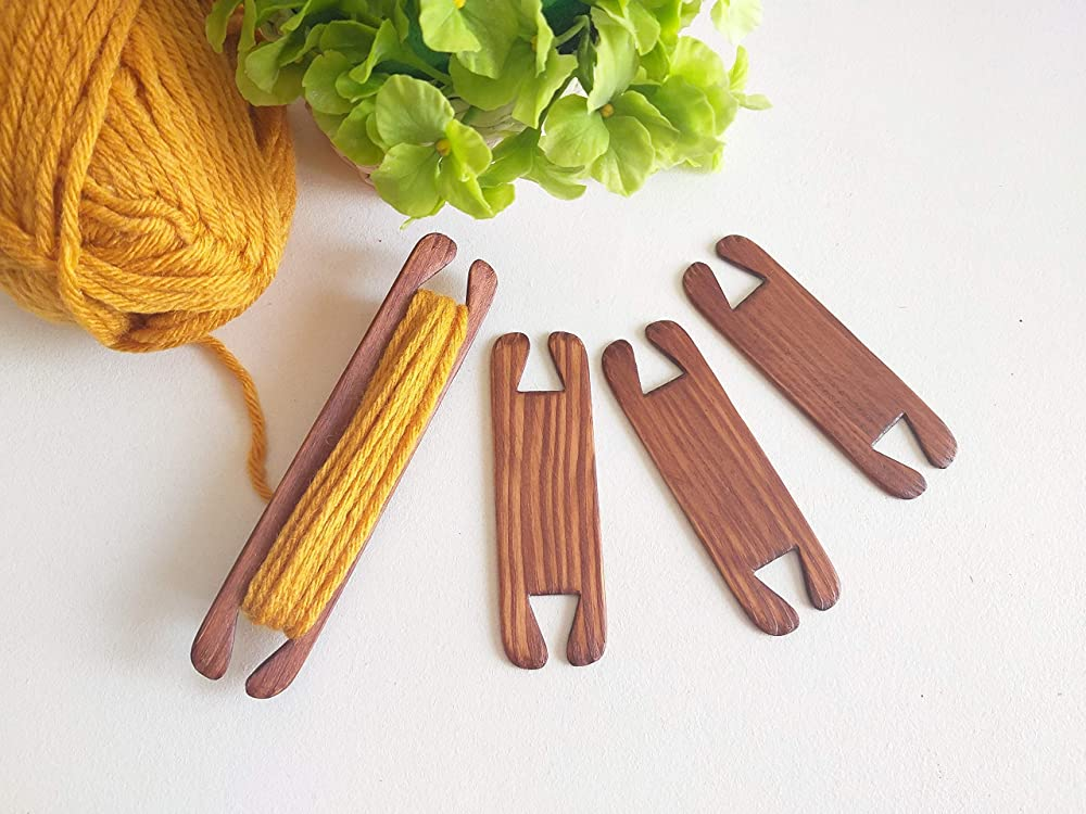 Includes 2 Stick Shuttles  Flat Shuttles /& 1 Pick Up Stick Handcrafted from Red Oak 8 Weaving Shuttle 3pc Set
