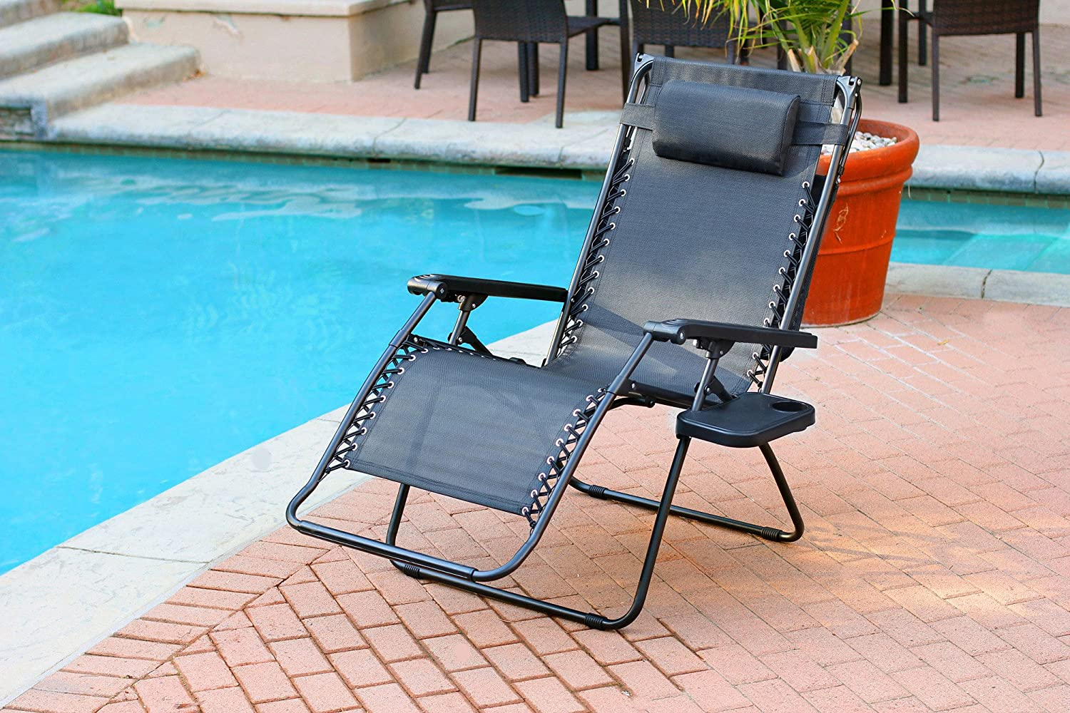 Oversized Zero Gravity Chair with Sunshade and Drink Tray – Black