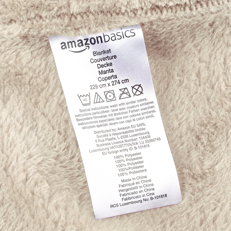 AmazonBasics - Manta suave con tacto de terciopelo, Manta, beige: Amazon.es: Hogar